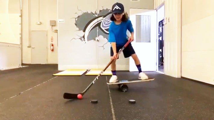 3 Balance Board for Hockey Tricks
